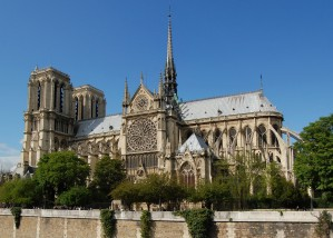 Notre_Dame_dalla_Senna_crop