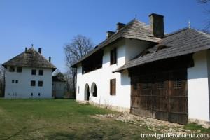 Picture13-Muzeul-satului-Curtisoara-31