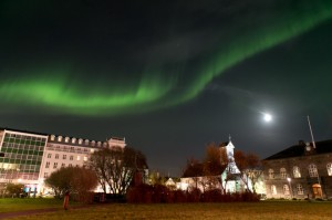 Northern-Lights-over-Reykjavik.-Image-by-Roman-Gerasymenko_5-660x440